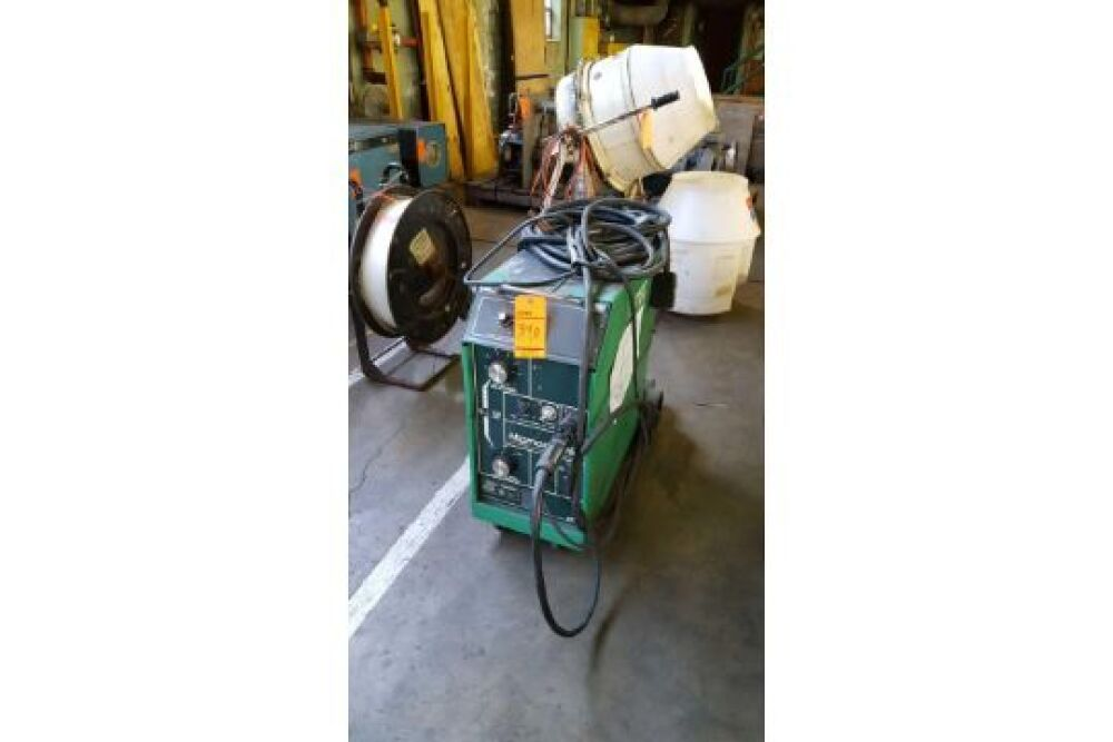 L Tec Migmaster 250 Portable Welder Type MM 250 P N 32854