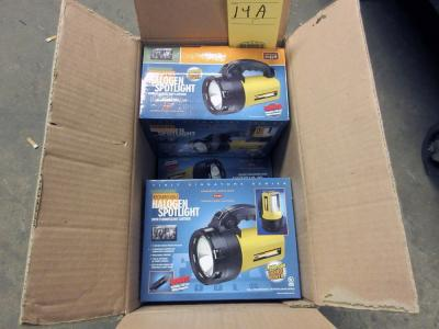 LOT OF HALOGEN SPOTLIGHTS (5), rechargeable (new in box)