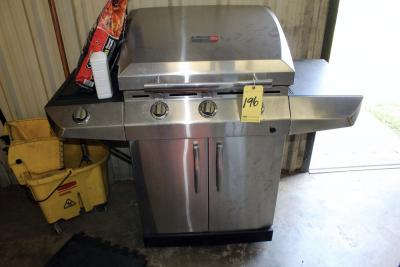 STAINLESS STEEL PROPANE GRILL, CHAR-BROIL