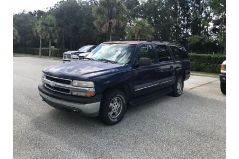 2002 chevy suburban vin 1gnec16z42j216883 automatic transmission full power 8 cylinder vortex gas engine 167 693 miles showing located at industrial auctions