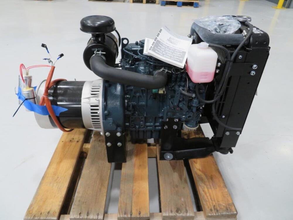 LOT OF (2 QTY) KUBOTA DIESEL ENGINE, MODEL: D1105-BG-EF01