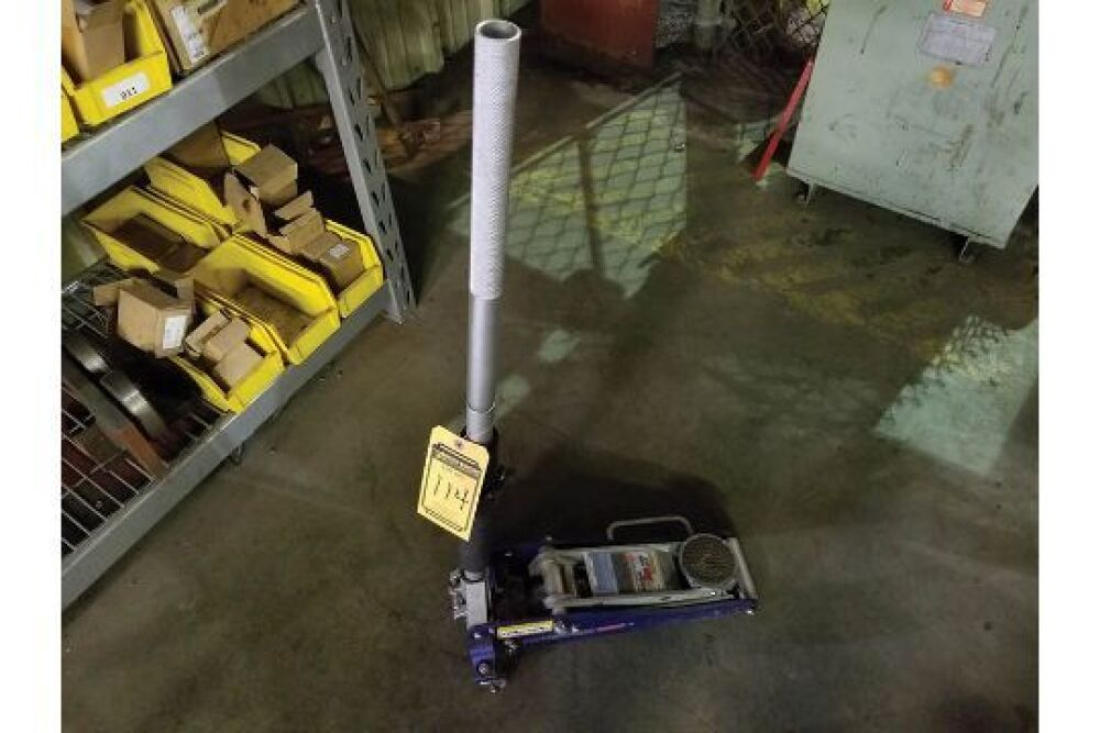 Pittsburgh Racing 1 5 Ton Floor Jack